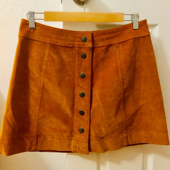 Madewell Dresses & Skirts - ✨NWT Madewell Button Front Skirt, Sz 6